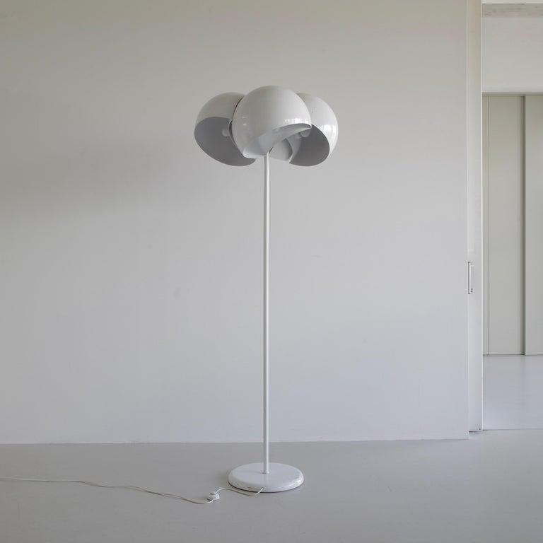 Italian Giunone Floor Lamp by Vico Magistretti, Artemide, 1970 For Sale