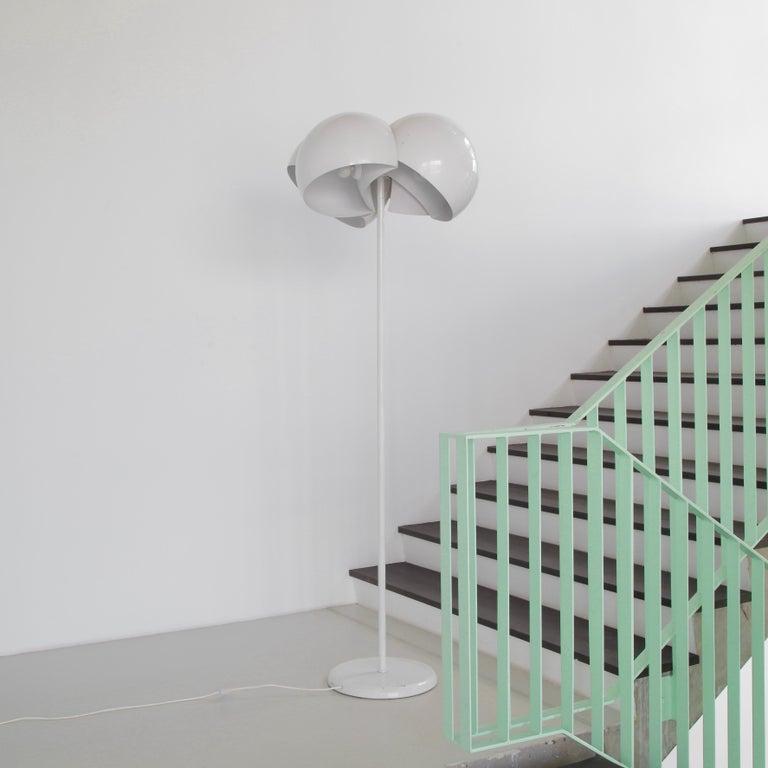 Enameled Giunone Floor Lamp by Vico Magistretti, Artemide, 1970 For Sale