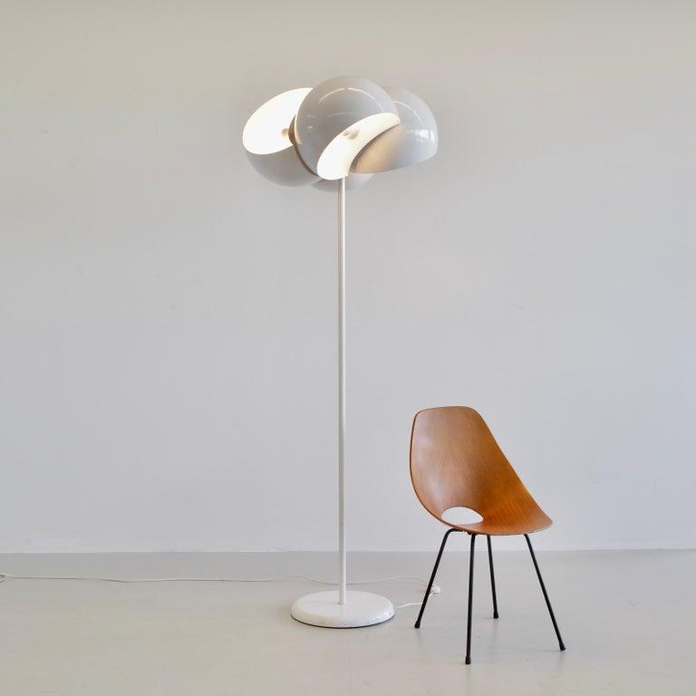 Metal Giunone Floor Lamp by Vico Magistretti, Artemide, 1970 For Sale