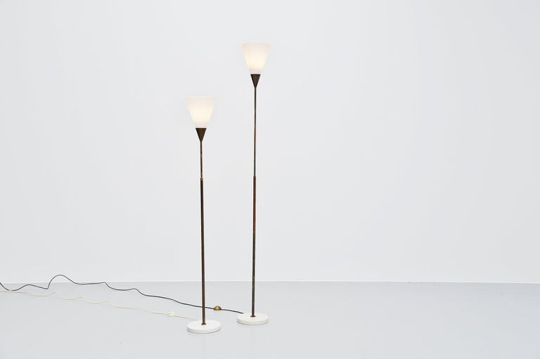 Giuseppe Ostuni 339 Adjustable Floor Lamp Oluce, 1950 In Good Condition For Sale In Roosendaal, Noord Brabant