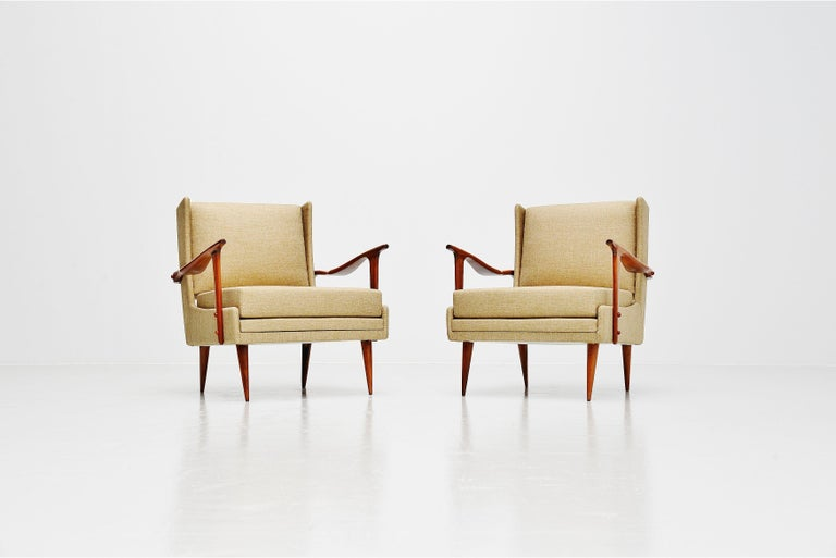 Fantastic sculprutal shaped lounge chairs set designed by architect, designer and businessman Giuseppe Scapinelli, Brazil 1955. Scapinelli is known for his sculptural work, crafted in the most beautiful wood to be found in Brazil. This set of chairs