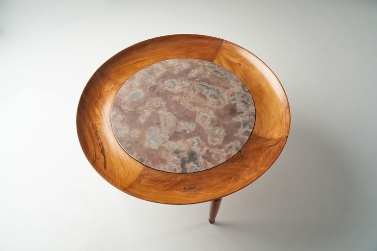 Giuseppe Scapinelli Round Coffee Table in Caviuna Wood and Marble, Brazil, 1960s For Sale 5
