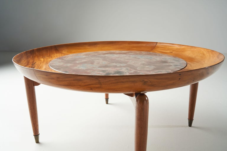Giuseppe Scapinelli Round Coffee Table in Caviuna Wood and Marble, Brazil, 1960s For Sale 7
