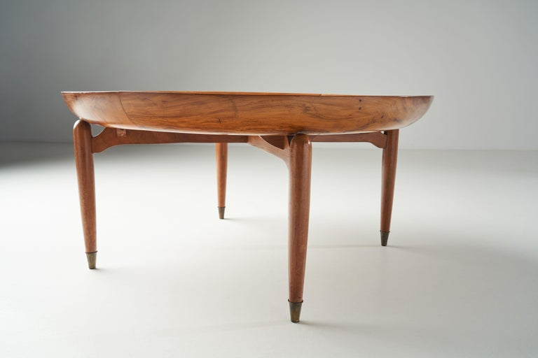 Giuseppe Scapinelli Round Coffee Table in Caviuna Wood and Marble, Brazil, 1960s For Sale 8