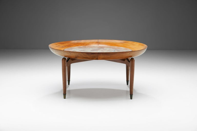 Brazilian Giuseppe Scapinelli Round Coffee Table in Caviuna Wood and Marble, Brazil, 1960s For Sale