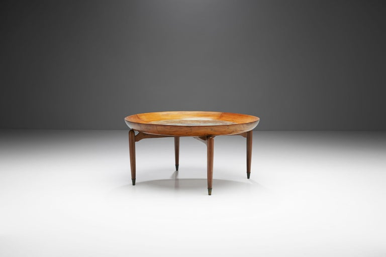 Mid-20th Century Giuseppe Scapinelli Round Coffee Table in Caviuna Wood and Marble, Brazil, 1960s For Sale