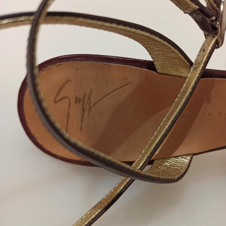 Women's Giuseppe Zanotti Jewel Sandal 38 For Sale