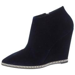 Giuseppe Zanotti Navy Blue Velvet Chain Embellished Wedge Ankle Boots Size 41