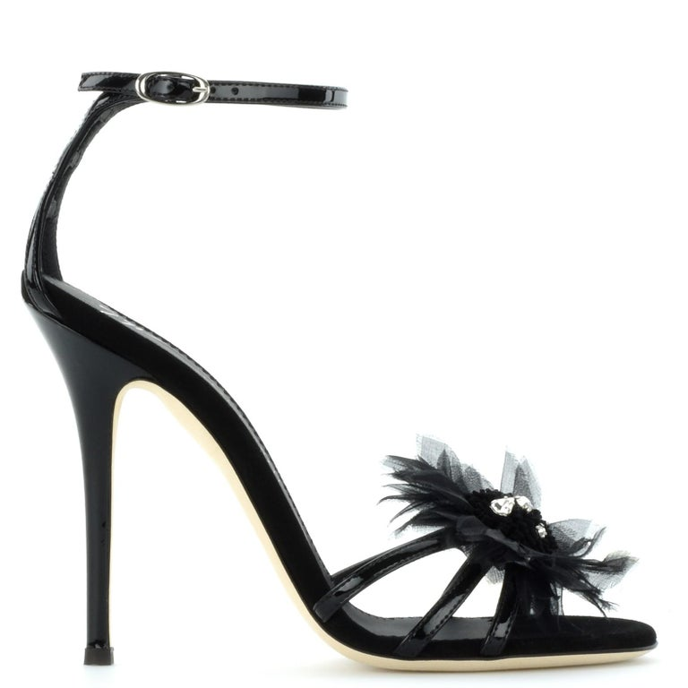 Giuseppe Zanotti NEW Black Patent Crystal Applique Evening Sandals Heels in Box In New Condition For Sale In Chicago, IL