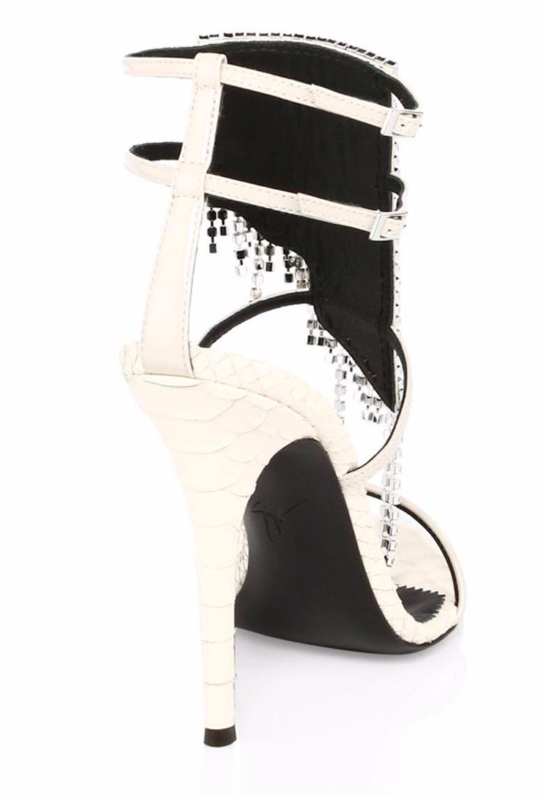 Giuseppe Zanotti NEW Ivory Leather Crystal Strappy Evening Sandals Heels in Box In New Condition For Sale In Chicago, IL