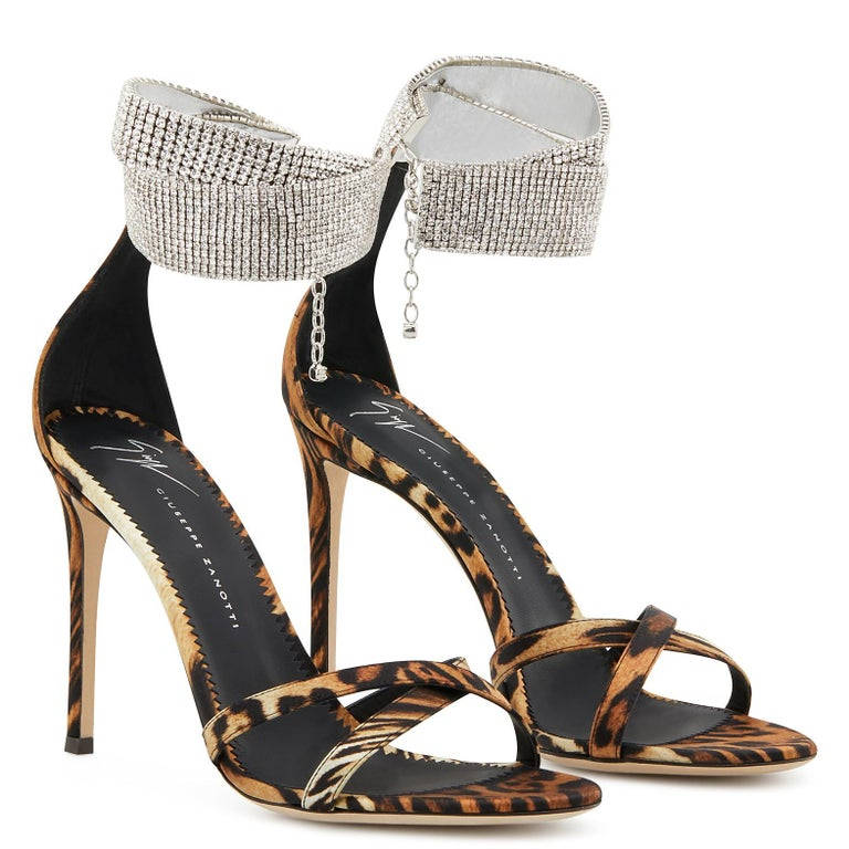 Giuseppe Zanotti NEW Leopard Leather Rhinestone Evening Sandals Heels in Box In New Condition For Sale In Chicago, IL