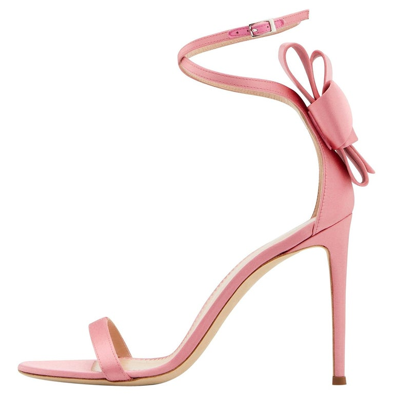 Giuseppe Zanotti NEW Pink Satin Bow Flower Evening Sandals Heels in Box For Sale
