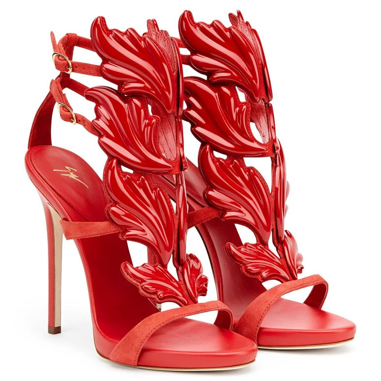 Giuseppe Zanotti New Red Suede Wing Evening Strappy Sandals Heels  In New Never_worn Condition For Sale In Chicago, IL