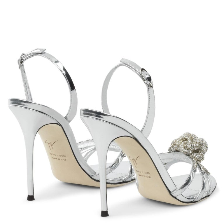 Women's Giuseppe Zanotti NEW Silver Patent Leather Crystal Sandals Heels in Box For Sale