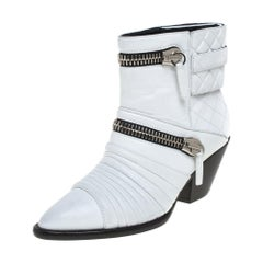 Giuseppe Zanotti White Quilted Leather Olinda Zipper Detail Ankle Boots Size 38