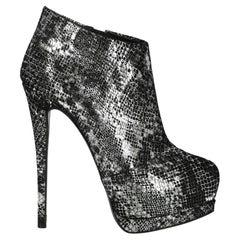 Giuseppe Zanotti  Women   Ankle boots  Black, Silver Leather EU 37