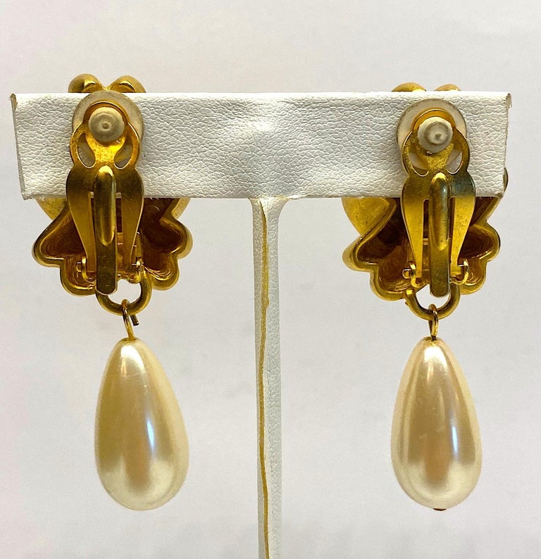 Women's Givenchy 1980s Satin Gold & Pearl Pendant Earrings