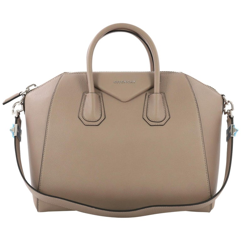 2a22eb015f Givenchy Antigona Bag Leather Medium For Sale at 1stdibs