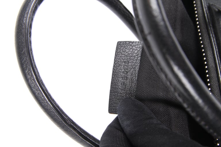 Givenchy Antigona Structured Bag Medium - black    6
