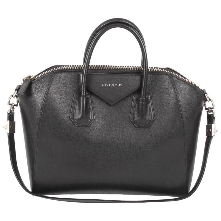 Givenchy Antigona Structured Bag Medium - black
