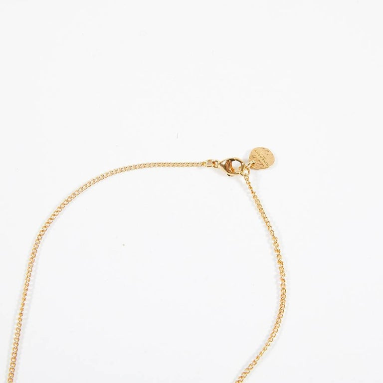 Givenchy Arrow Pendant Gold Color Necklace In New Condition For Sale In Paris, FR
