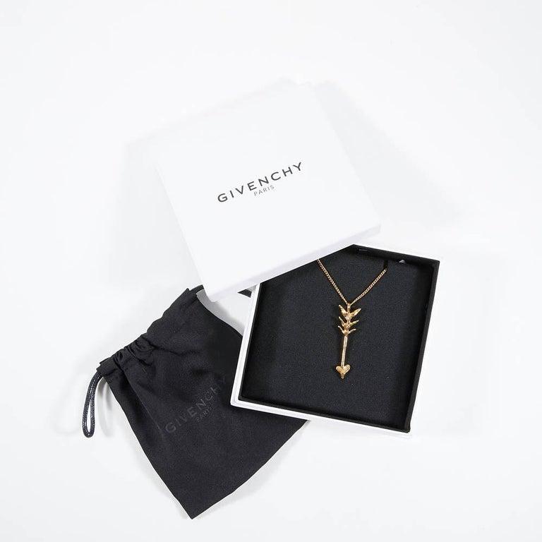 Women's or Men's Givenchy Arrow Pendant Gold Color Necklace For Sale