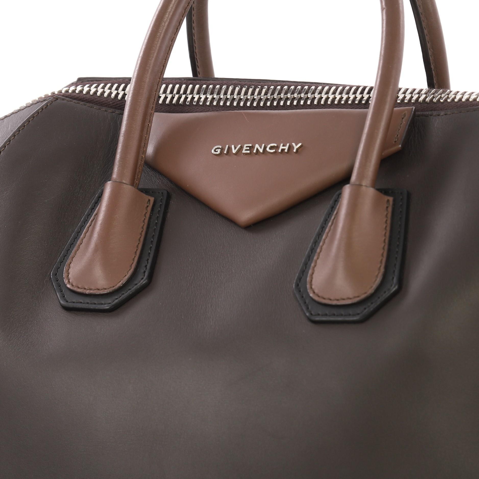 b0b6a3044 Givenchy Bicolor Antigona Bag Leather Medium at 1stdibs