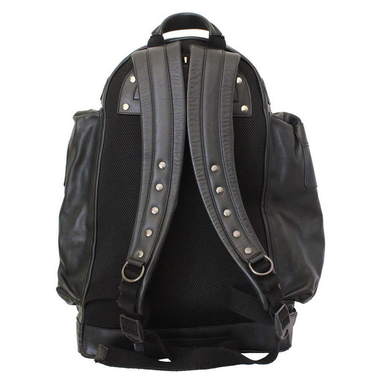 Givenchy Black Leather Large Backpack In Excellent Condition For Sale In Gazzaniga (BG), IT