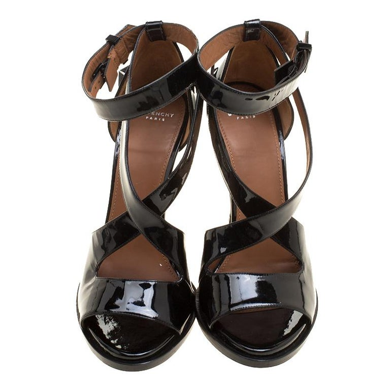 474eac3c3913 Givenchy Black Patent Leather Star Studded Cross Ankle Strap Sandals Size  38.5 In Good Condition For