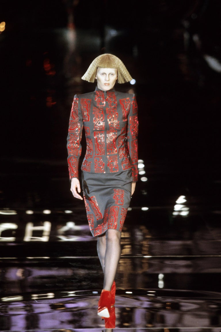 Givenchy by Alexander McQueen grey wool circuit board skirt suit, fw 1999 For Sale 2