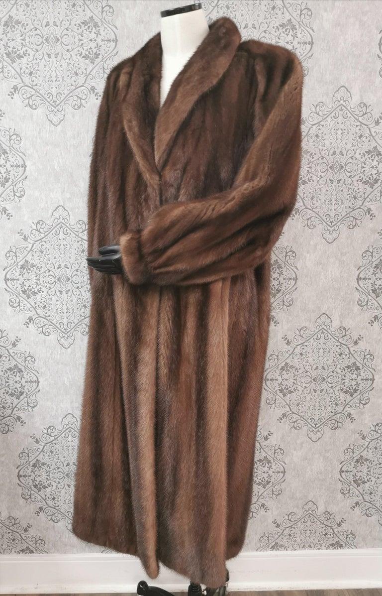 Brown Givenchy Haute Fourrures Demi Buff Mink Fur Coat (Size 12 - M) For Sale