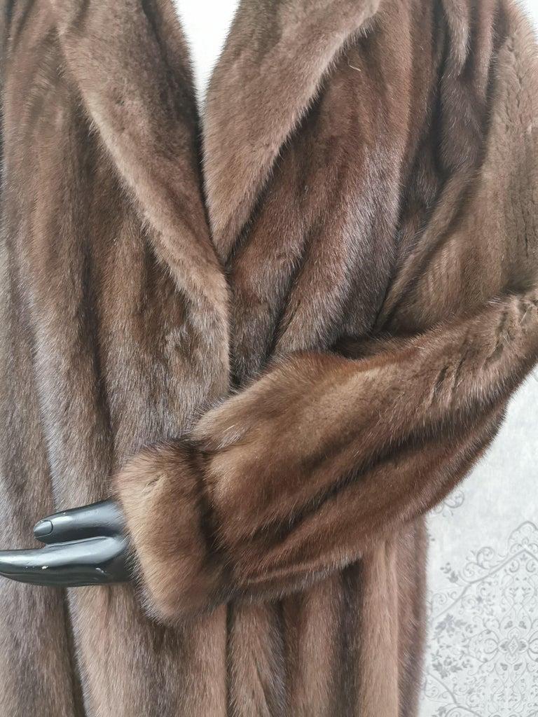 Women's Givenchy Haute Fourrures Demi Buff Mink Fur Coat (Size 12 - M) For Sale