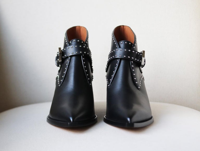 Black Givenchy Elegant Studded Leather Ankle Boots For Sale