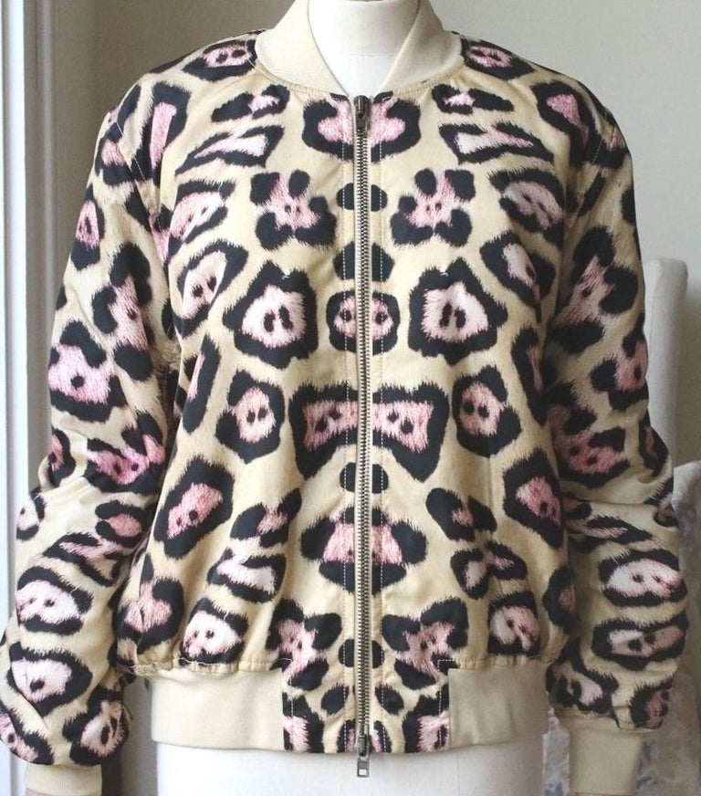 Givenchy urges you to be bold with this leopard-printed jacket. The classic bomber shape features insulation for a cosy feel while slight gathering to the arms and hems adds a voluminous touch. Wear yours over neutral basics to show off your wild