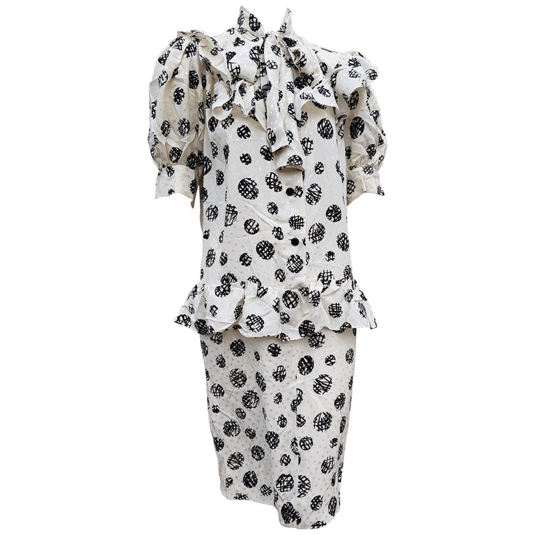 "GIVENCHY ""New"" Haute Couture White Abstract Polka Dots Silk Dress - Unworn For Sale"