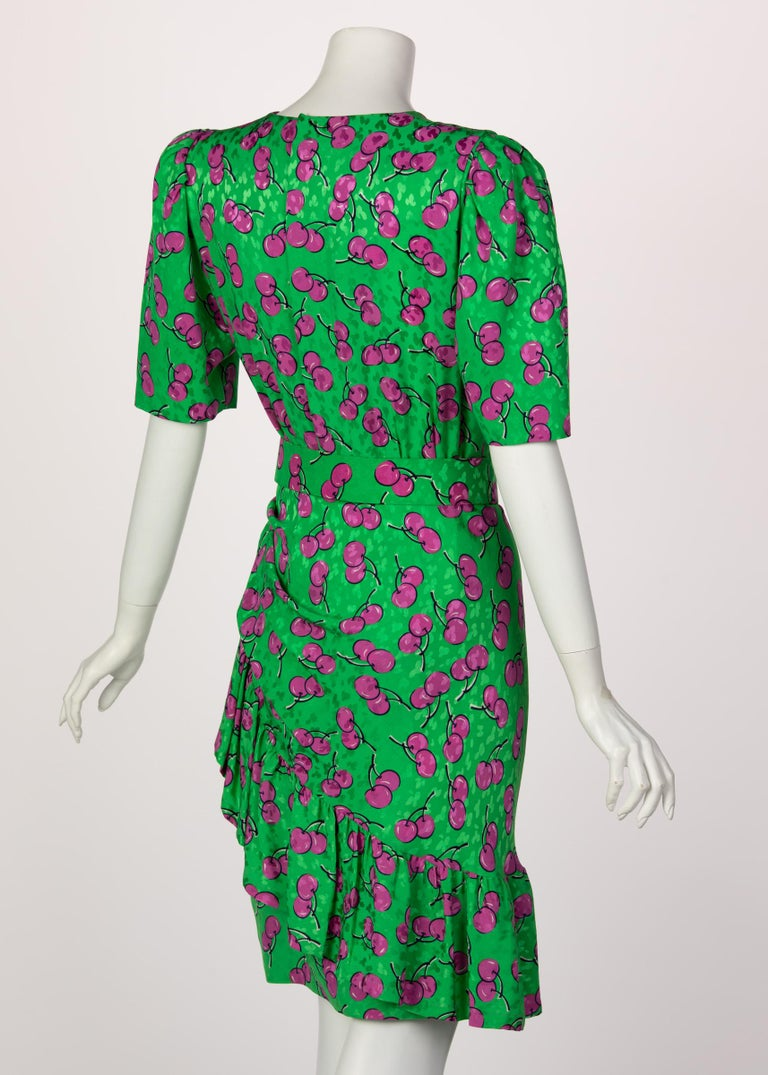 Givenchy Silk Green Cherry Print Cocktail Dress, 1980s For Sale 1