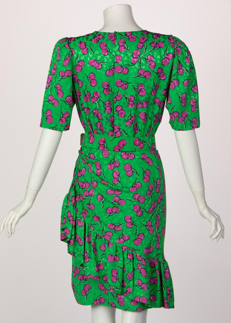Givenchy Silk Green Cherry Print Cocktail Dress, 1980s For Sale 2