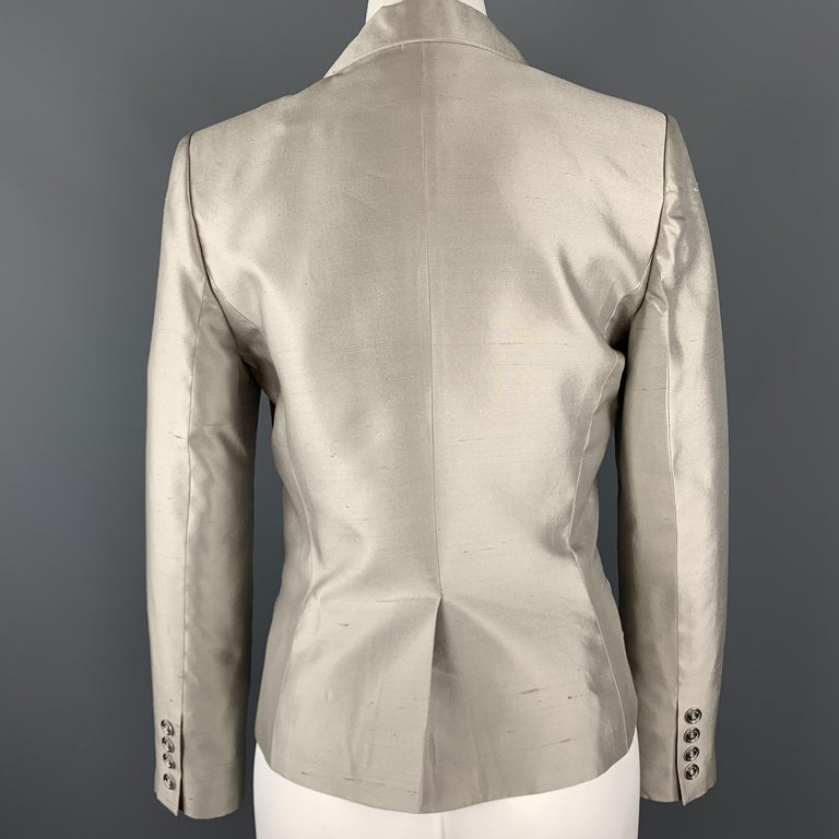 GIVENCHY Size 6 Silver Silk Shangtung Copped Blazer Jacket For Sale 2