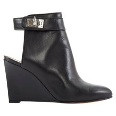 GIVENCHY TISCI black leather sharktooth turn lock mule ankle bootie wedge EU37.5