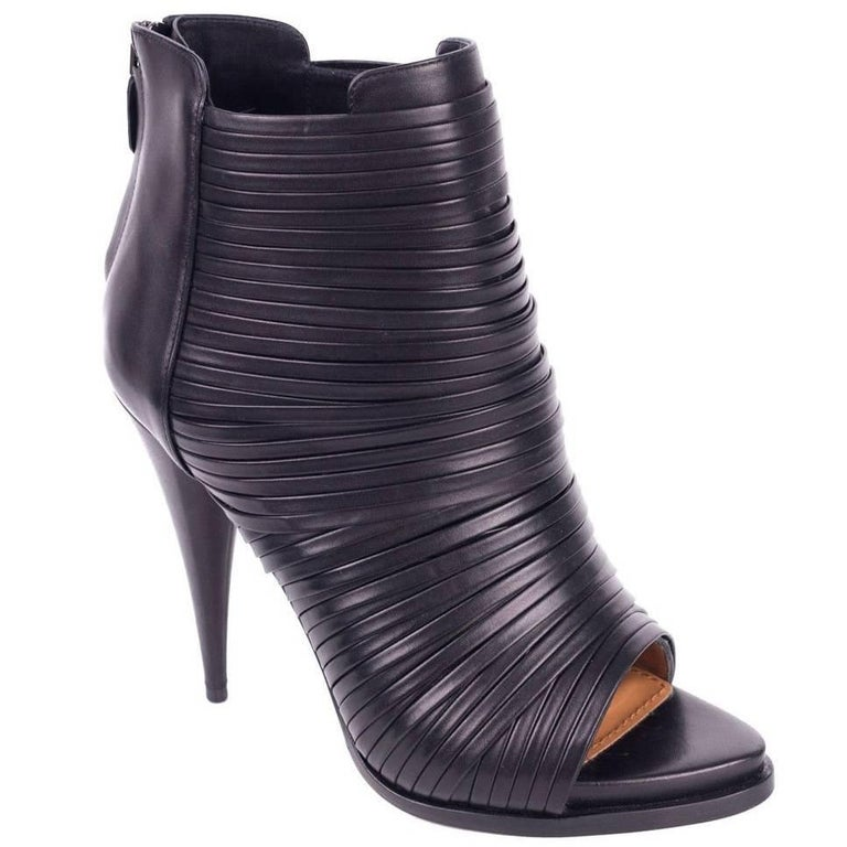 Givenchy Womens Black Leather Wrap Strap Peep Toe Booties