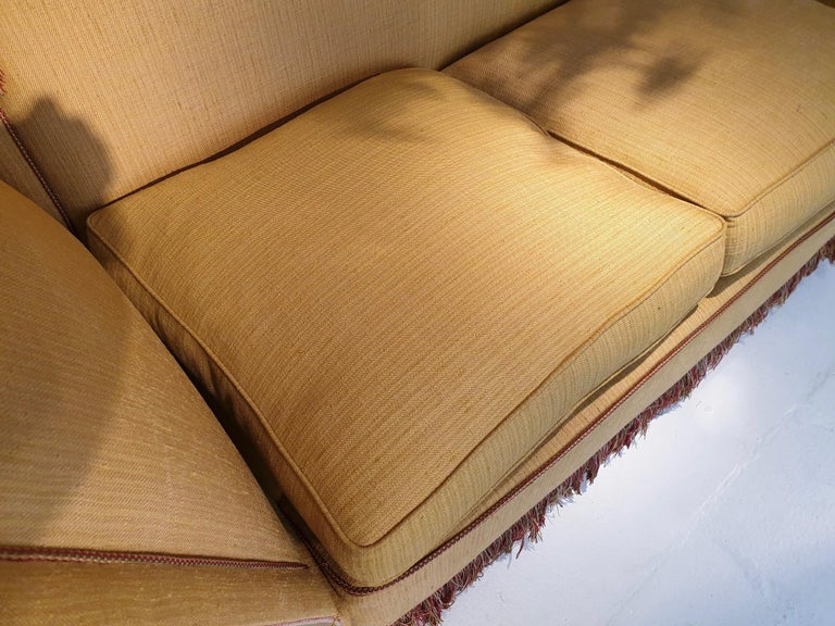 Glamorous Classic Hollywood Regency Knole Sofa For Sale 4