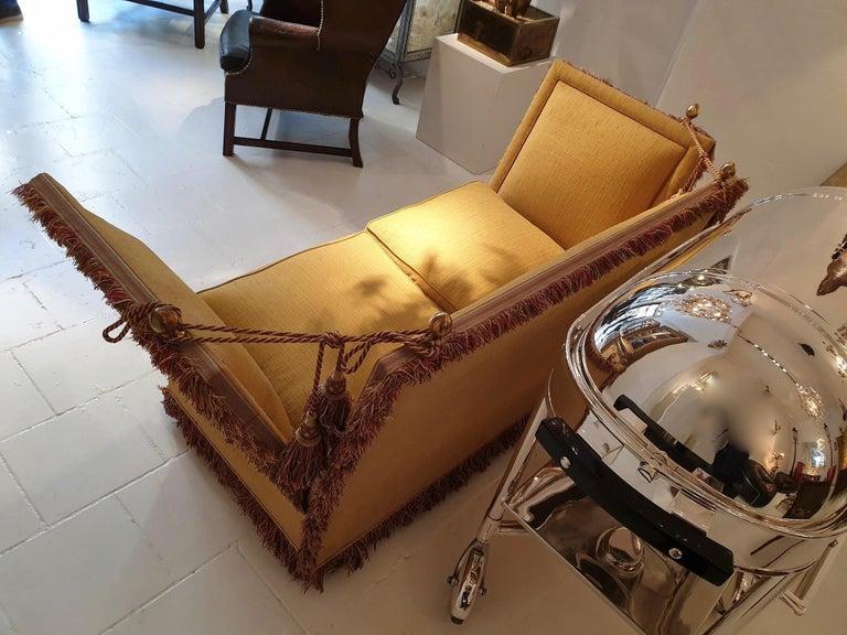 20th Century Glamorous Classic Hollywood Regency Knole Sofa For Sale