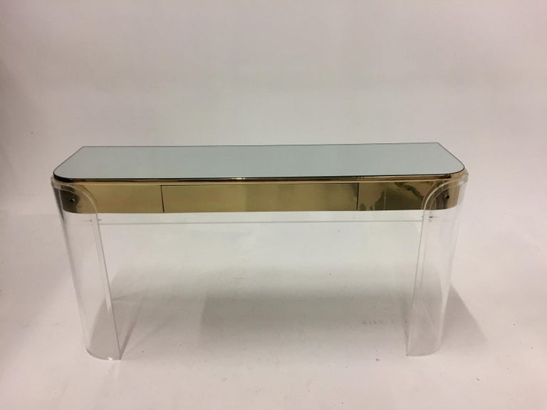 Glamorous Mid-Century Modern Curved Lucite and Metal Vanity Console For Sale 6