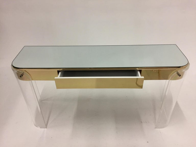 Glamorous Mid-Century Modern Curved Lucite and Metal Vanity Console In Excellent Condition For Sale In Hopewell, NJ