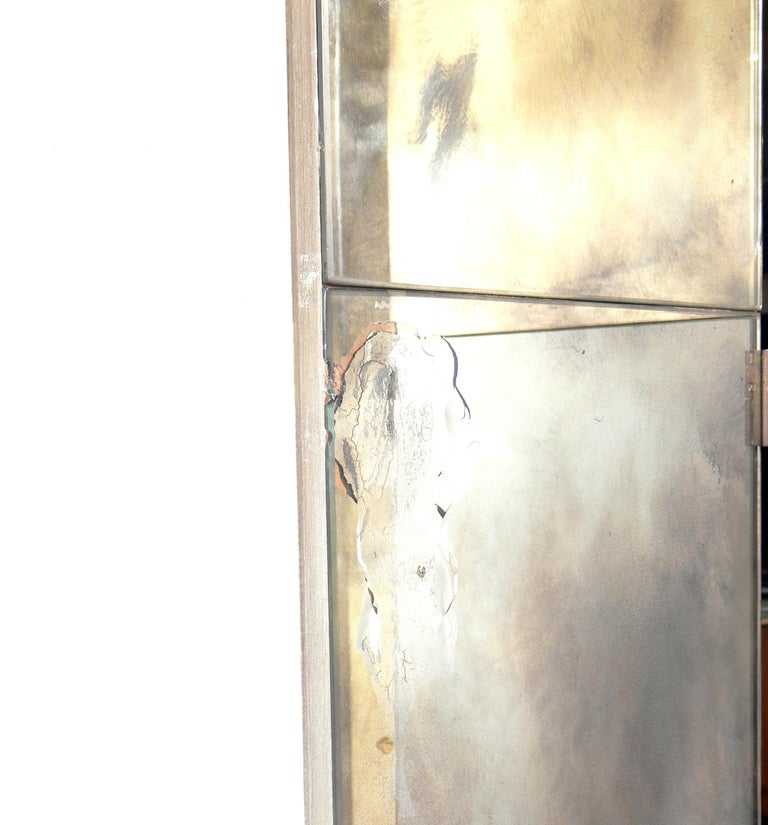 American Glamorous Mirrored Screen or Room Divider, circa 1940s For Sale