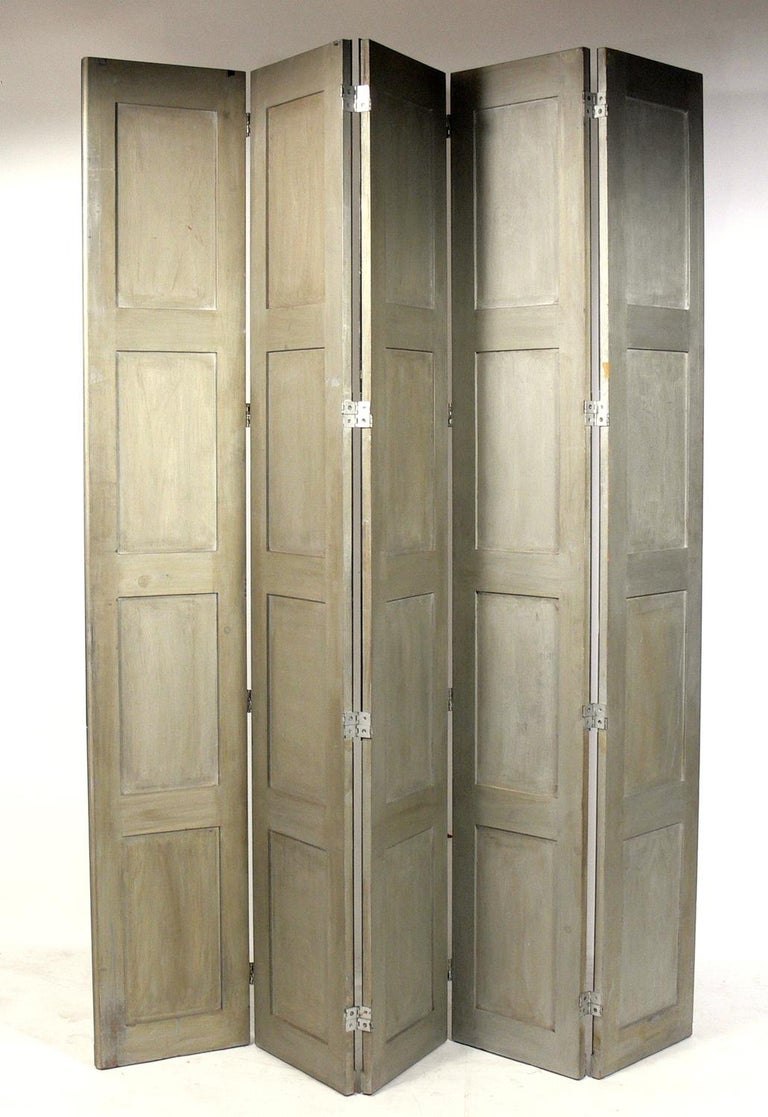 Glamorous Mirrored Screen or Room Divider, circa 1940s For Sale 1