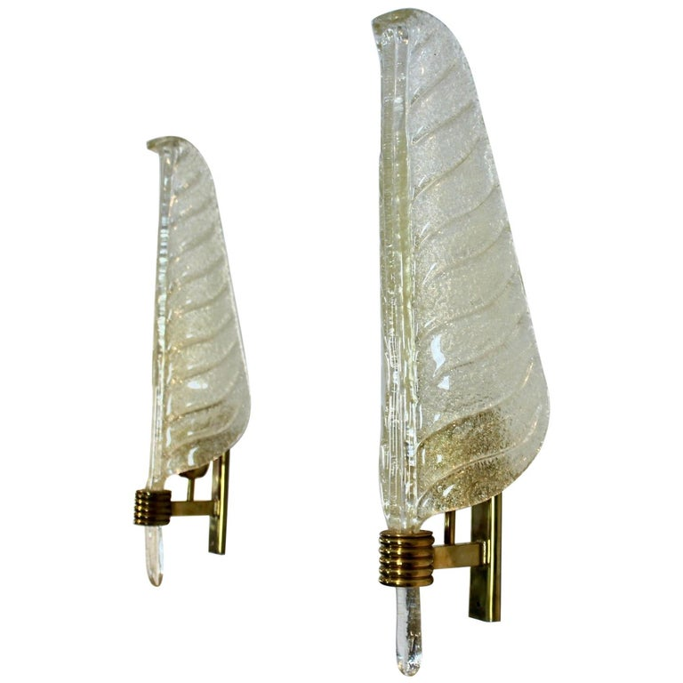 Glamorous Pair of Xl Murano 24kt Gold Flaked Glass Leaf Sconces, Barovier & Toso For Sale