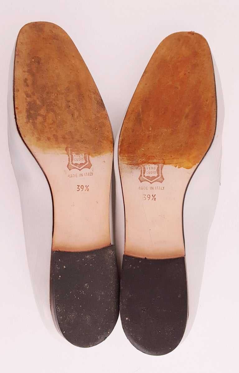 Glamour Boutique x Versace Leather Flat Ballerines with Golden Medallion For Sale 6