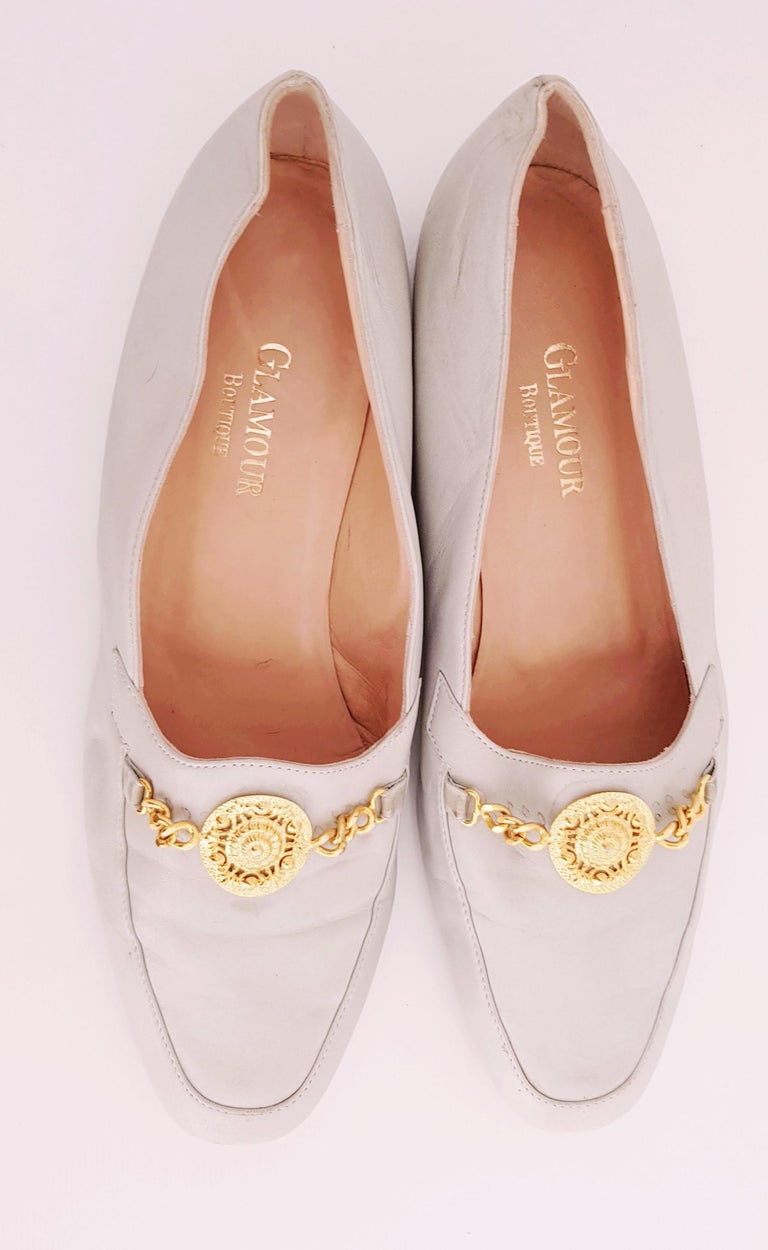 Glamour Boutique x Versace Leather Flat Ballerines with Golden Medallion For Sale 5
