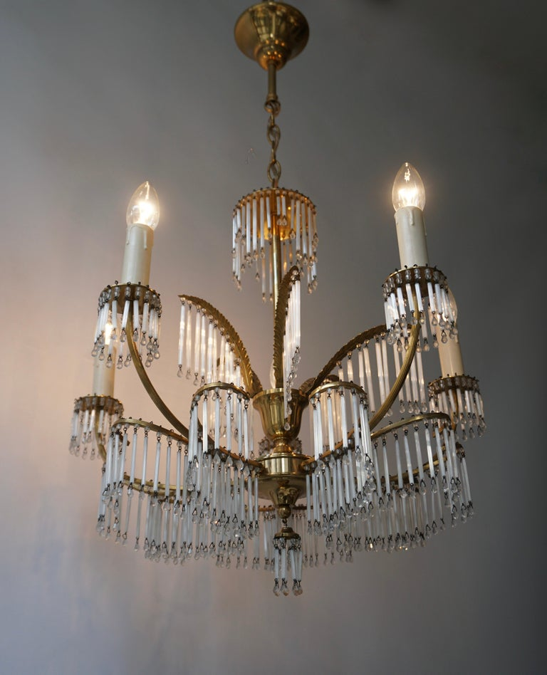 Glass and Brass Gilt Palm Leaf Chandelier in the Style of Maison Jansen In Good Condition For Sale In Antwerp, BE